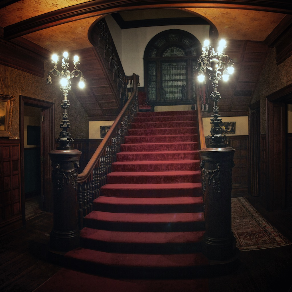 Top 4 Elegantly Creepy Places To Spend The Night With