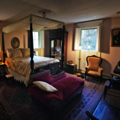 The Beechwood Inn, Barnstable Massachusetts: ghostly encounters in the shower