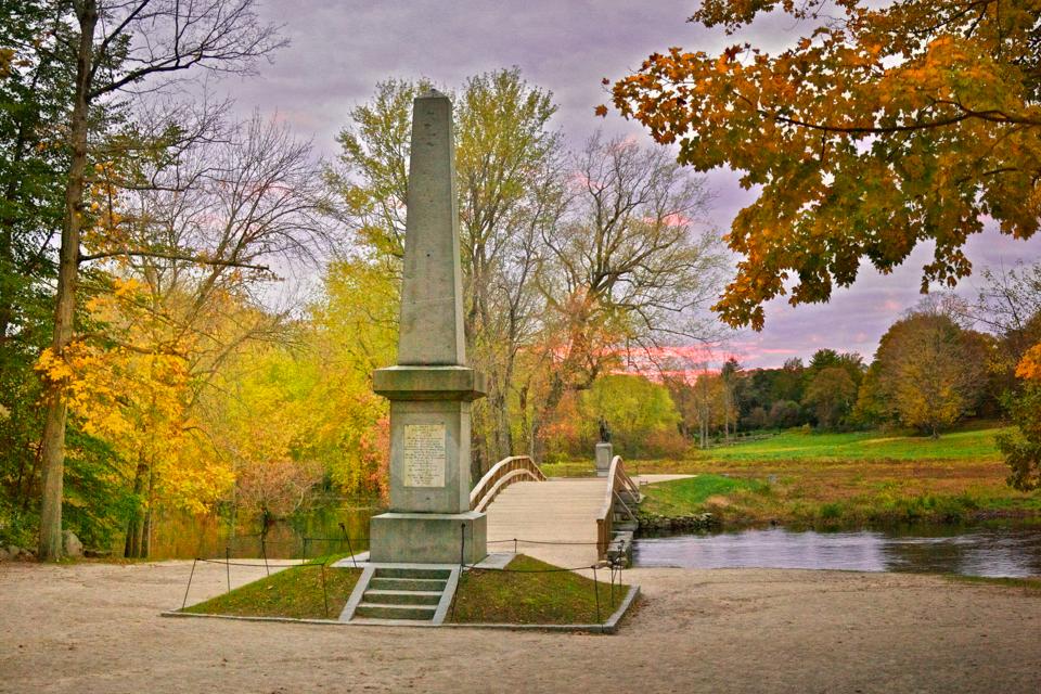 Revolutionary War Battlefields: Old North Bridge in Concord, Massachusetts