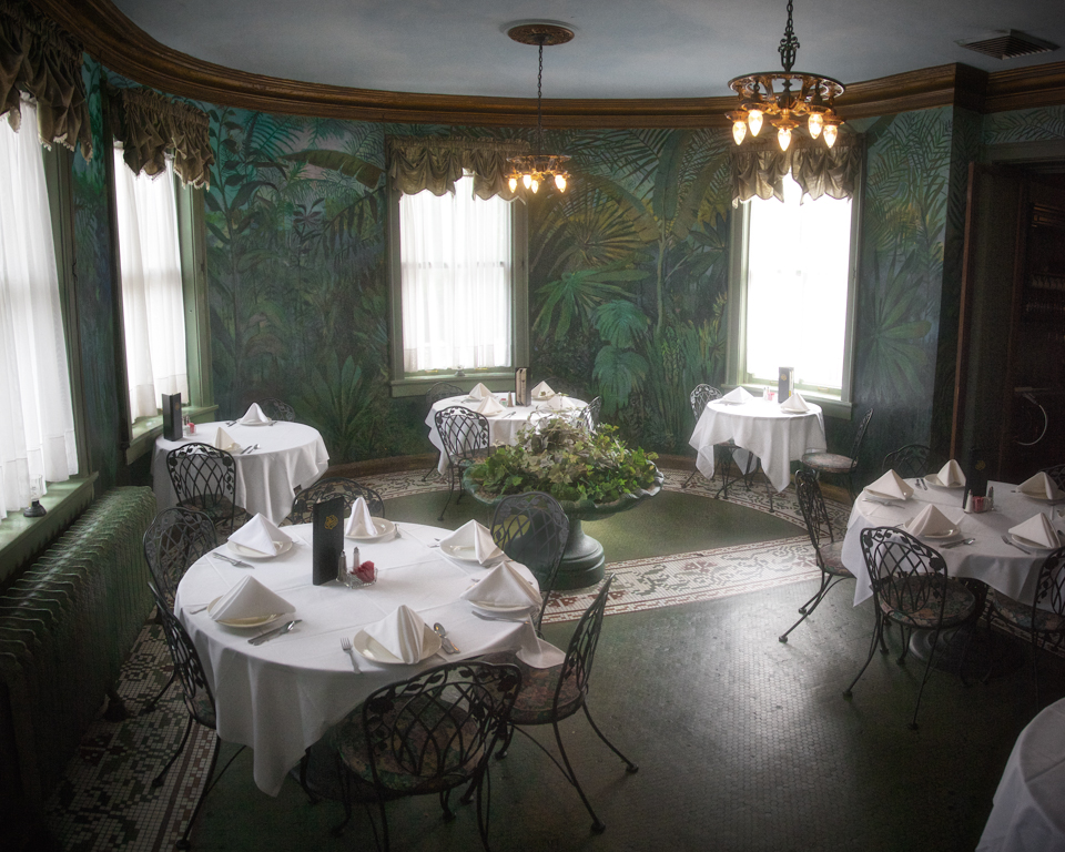 The Haunted Lemp Mansion in St. Louis: Dining and sleepovers with the ghosts of the upper crust