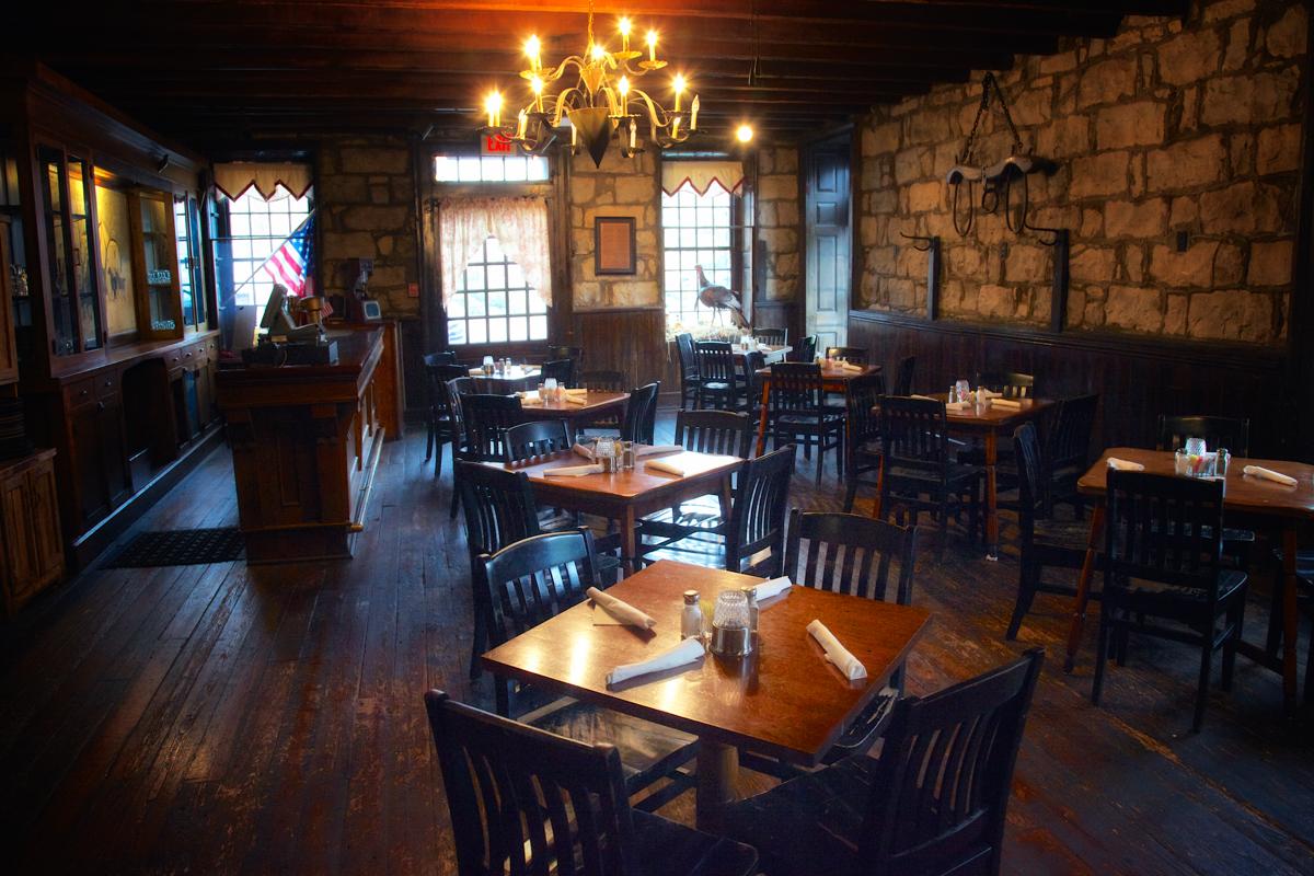 The dining room at Bardtown's Talbott Tavern