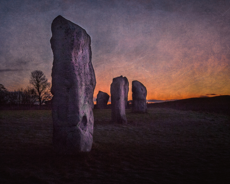 Experiencing another sunrise at Avebury stone circles and henge
