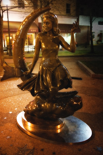 It was another TV series, bewitched which turned the eye of popular culture towards Salem. Samantha is immortalized in Salem with her own statue.