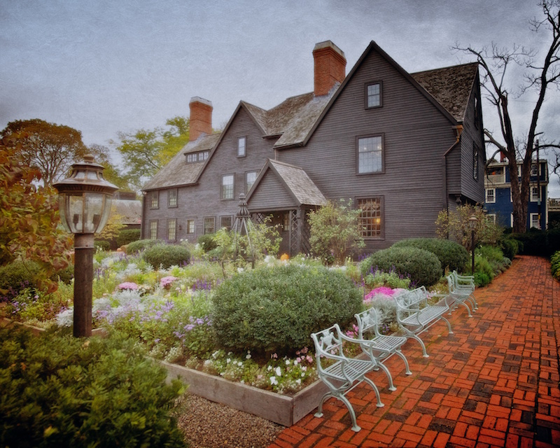 Is it really the House of the Seven Gables? Perhaps, perhaps not. Either way the Turner-Ingersoll mansion in Salem breathes New England history