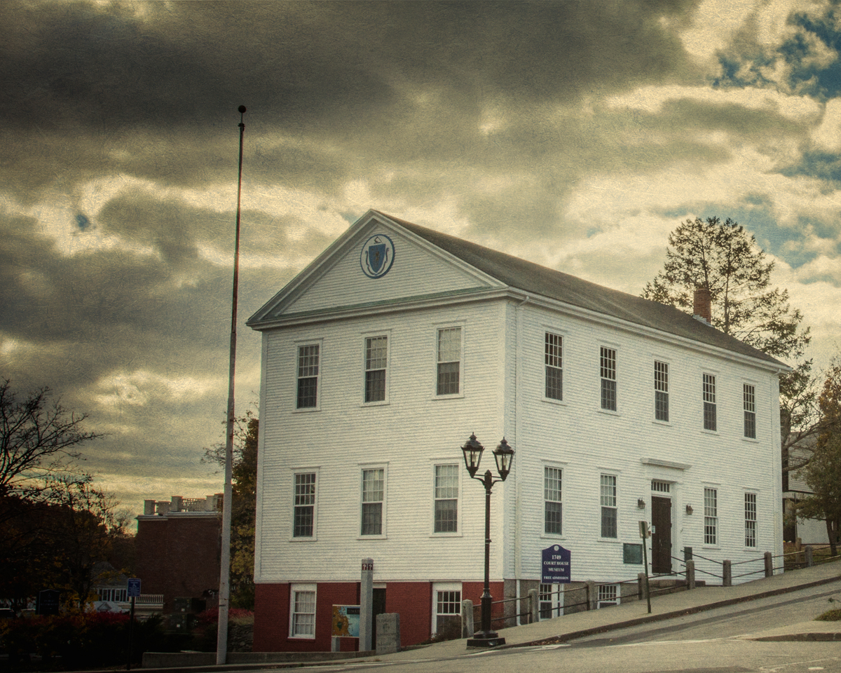 The old courthouse in haunted Plymouth is believed to be the home of spirits from an 18th century shipwreck off the coast. The head and dismembered bodied of native American chief King Phillip was on display here in the town square for two decades.